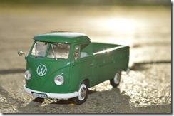 toy-car-74406_640